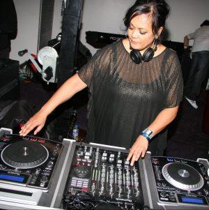 DJ DEBILIOUS (QLD)